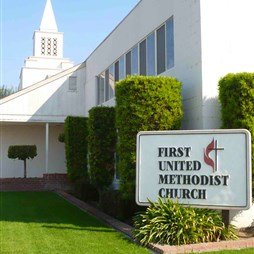 Dinuba, First UMC